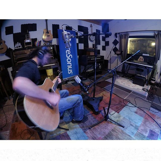 Laying down some smooth vocals and acoustic guitar with the help of @lautenaudio. Shout-out to @presonus for hooking us up with a sweet new banner! #lautenaudio #presonus #recordingstudio #newmusic #faintinggoatstudio
