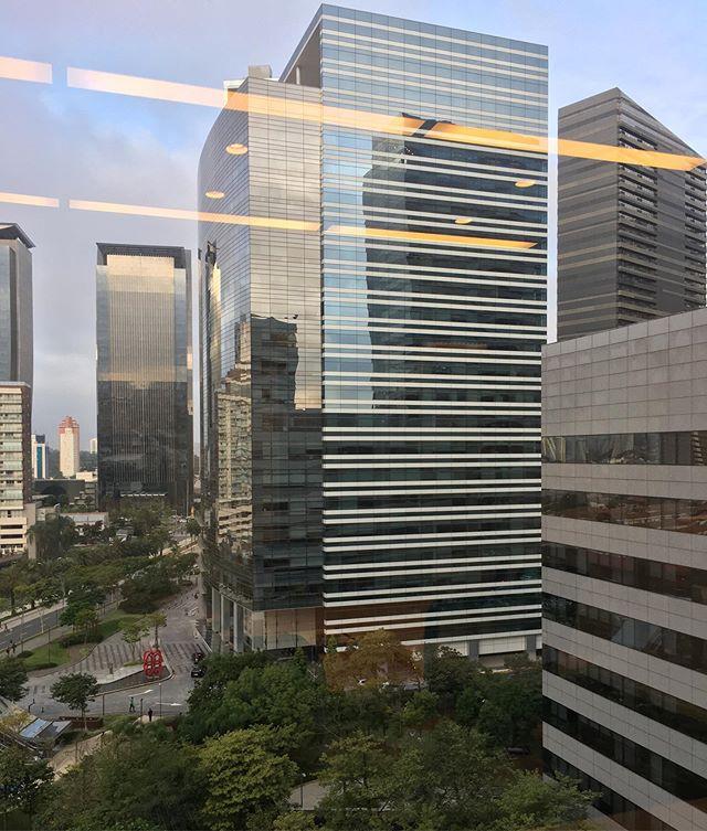 Room with a view. Começando o dia cedinho com atendimento de Coaching Executivo no escritório do cliente. #lovemywork