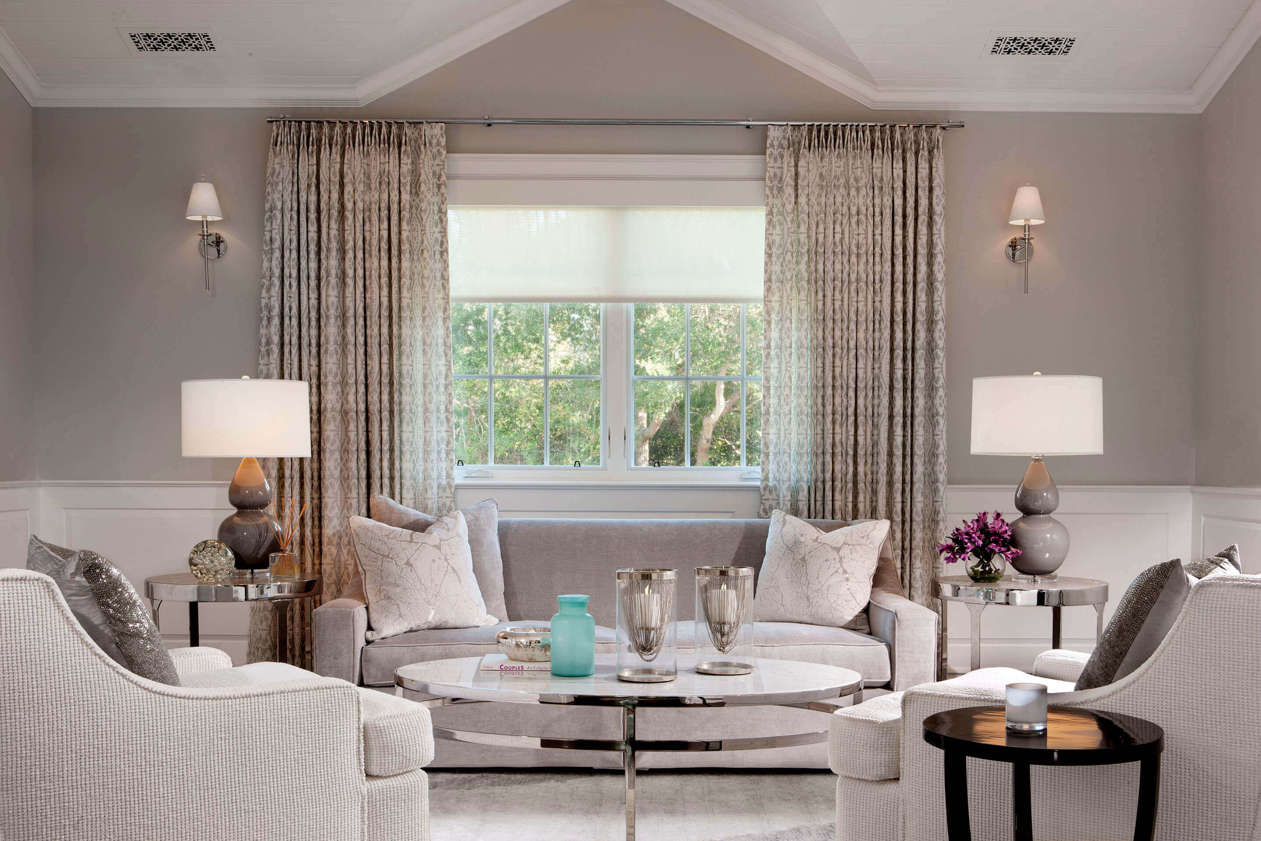 elizabeth-tapper-interiors-brentwood-master-bedroom-sitting-room.jpg