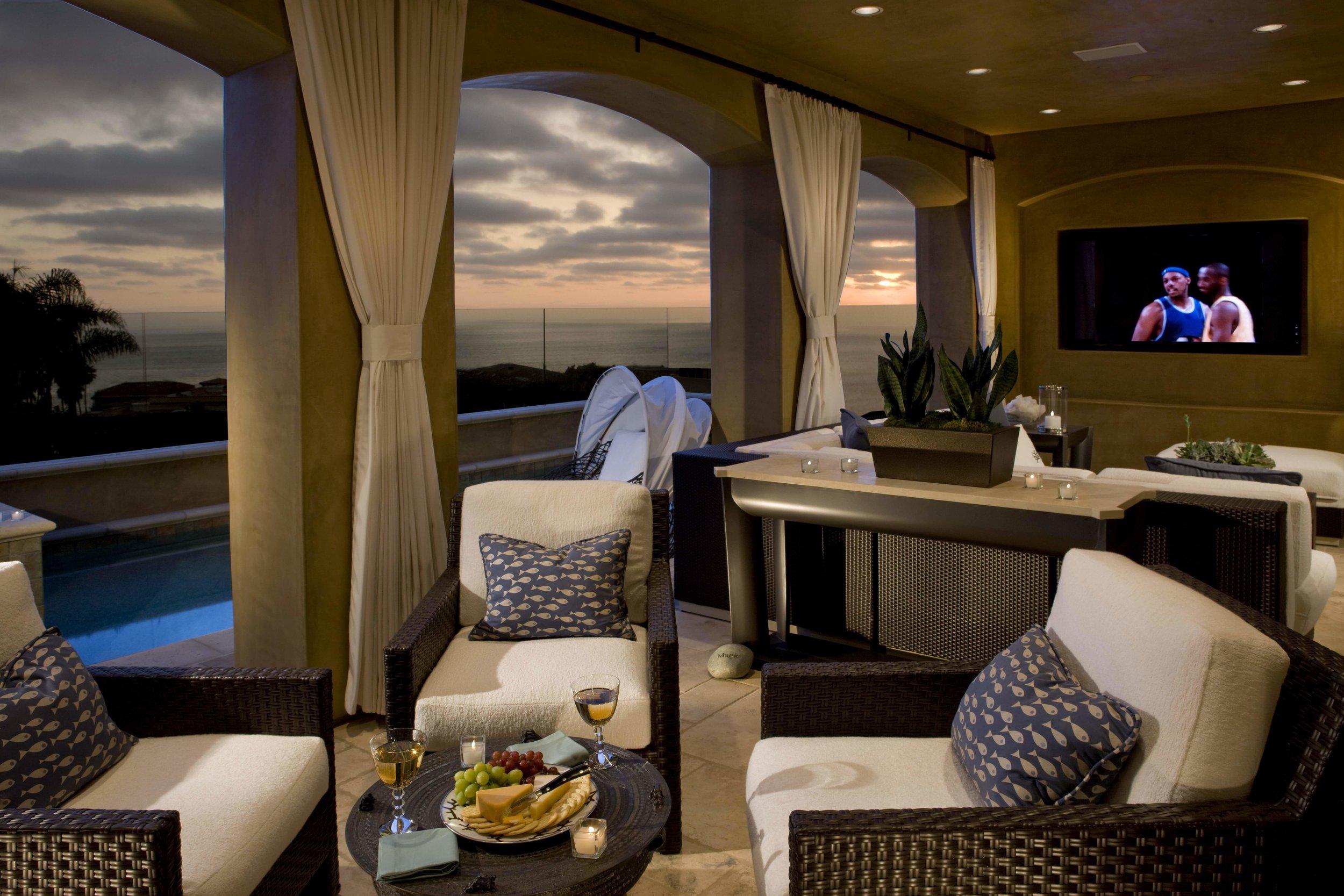 elizabeth-tapper-interiors-ritz-cove-laguna-oceanview-sitting-room-great-room-lounge-room.jpg