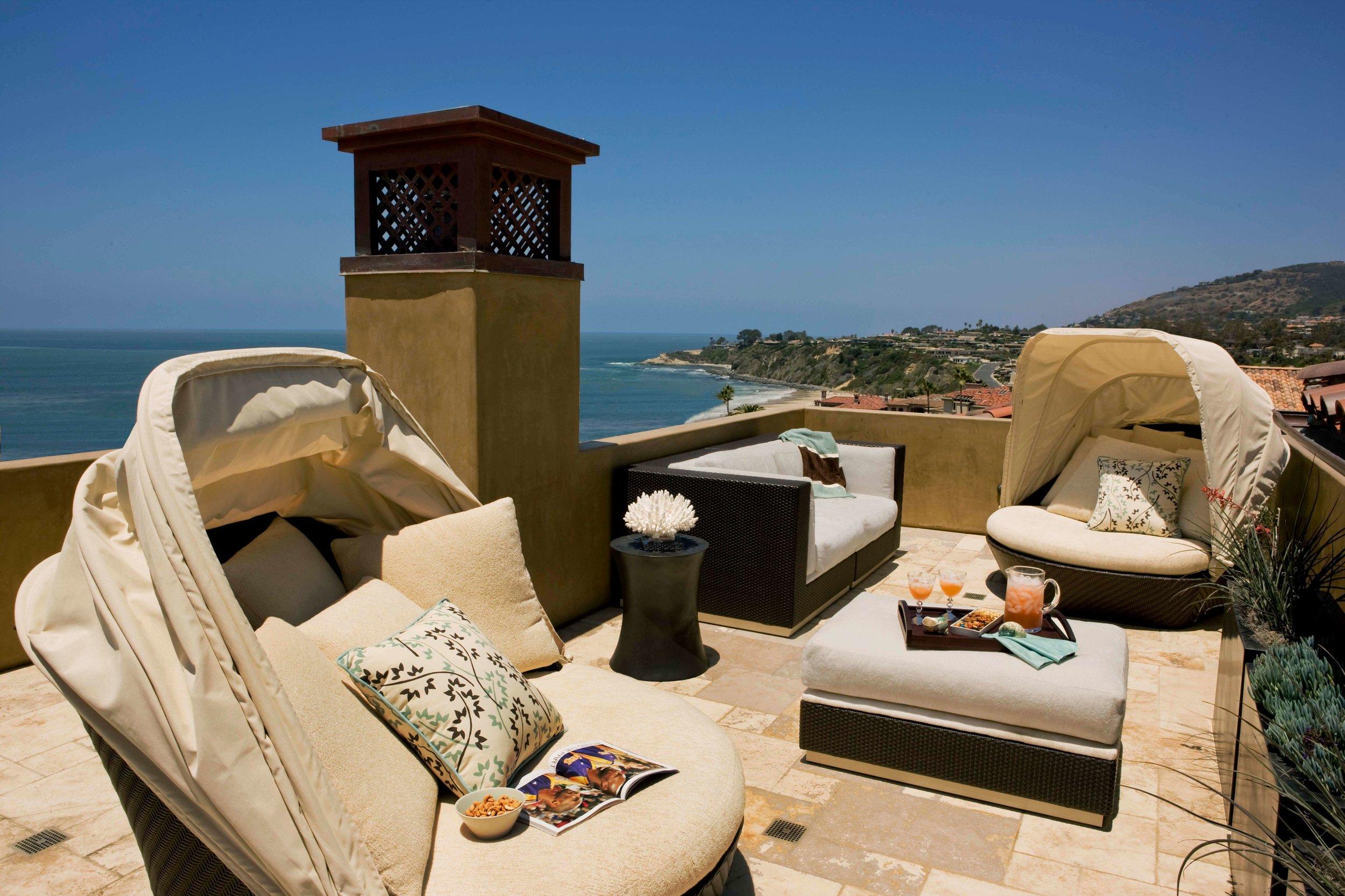 elizabeth-tapper-interiors-ritz-cove-laguna-exterior-outdoor-lounge-oceanfront-deck-view.jpg