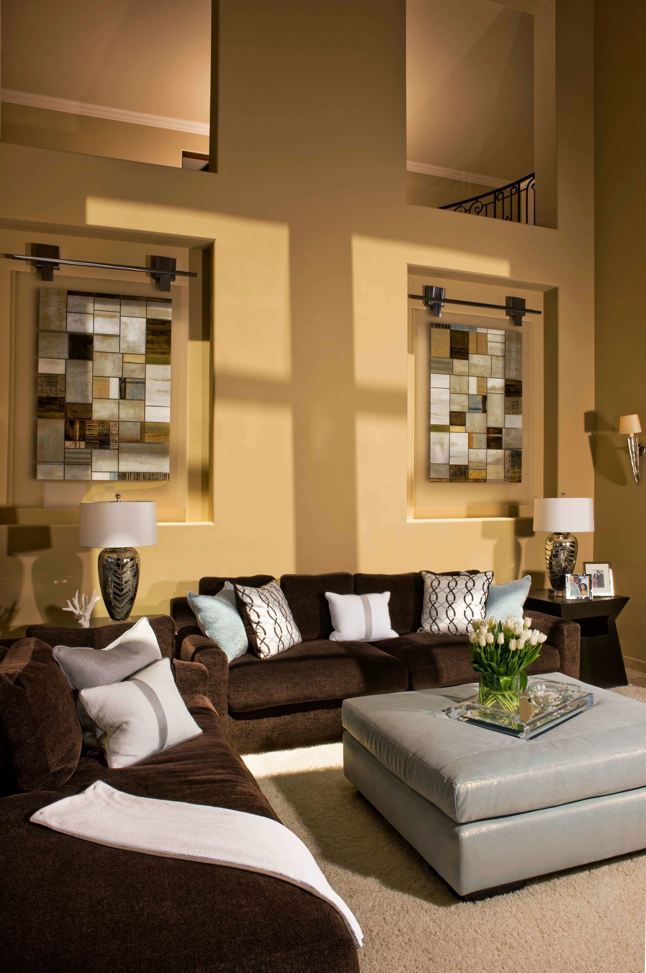 elizabeth-tapper-interiors-ritz-cove-laguna-formal-living-room-sitting-area.jpg
