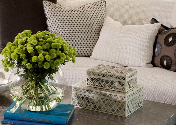 elizabeth-tapper-interiors-brentwood-family-room-detail.jpg