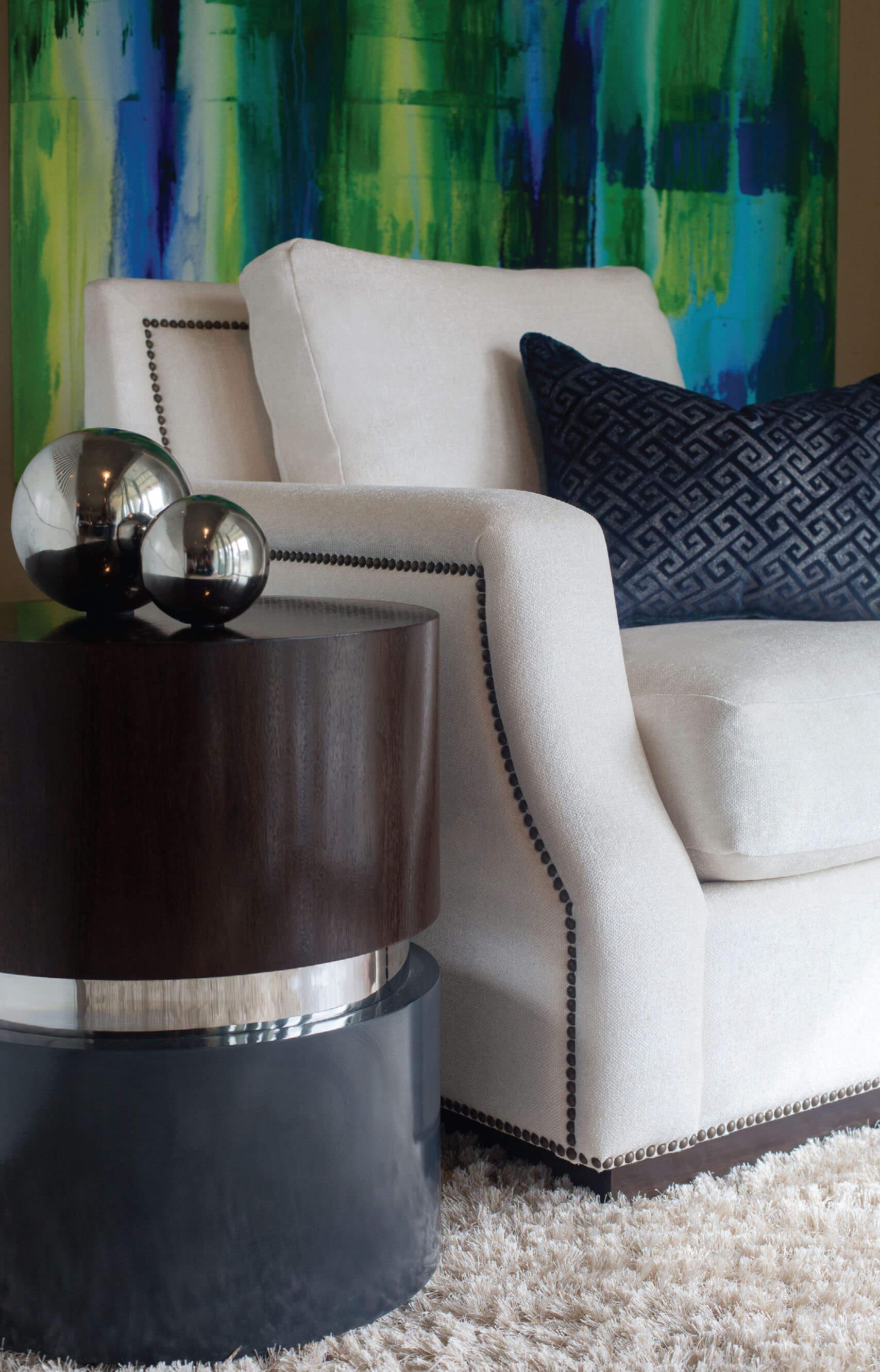 elizabeth-tapper-interiors-styling-lounge-chair.jpg
