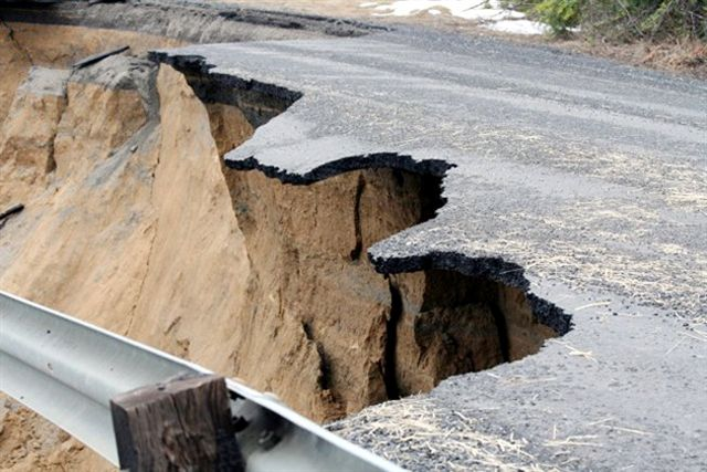 Idaho County landslide after spring thaw, before remediation