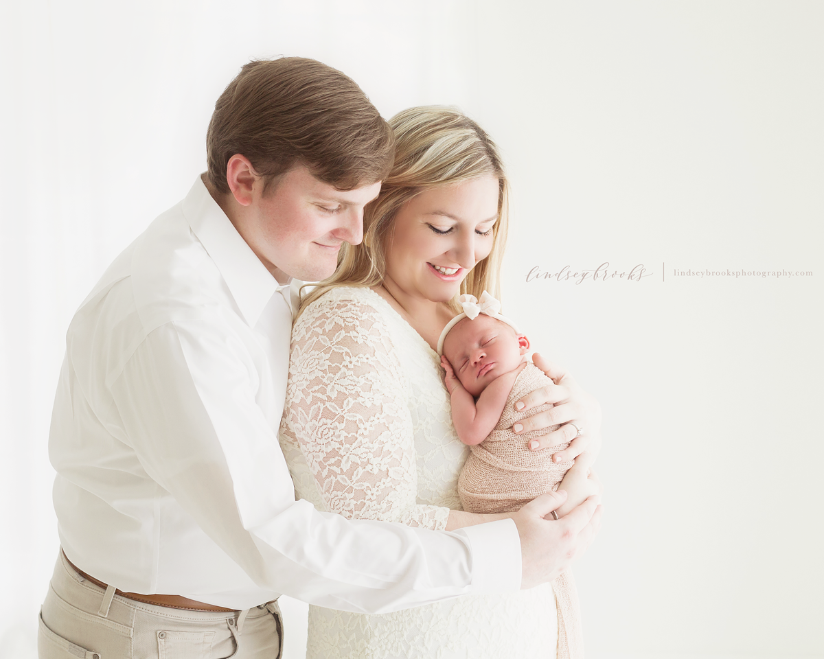 oklahoma_city_newborn_family_photographer_.png