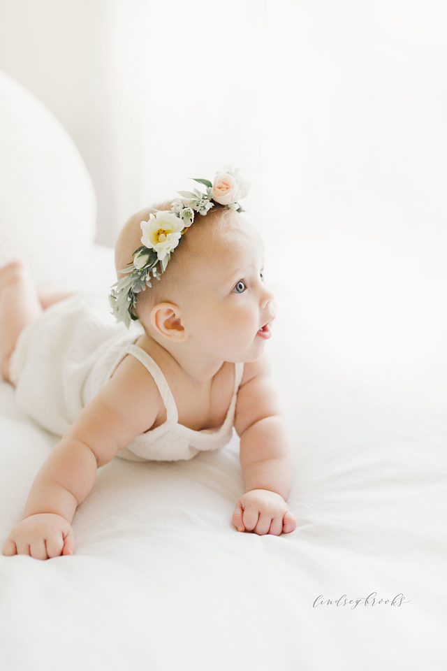 oklahoma_city_okc_mommy_and_me_motherhood_photographer_baby_child_flower_crown_halo_six_months_organic_simple_photos_1.png