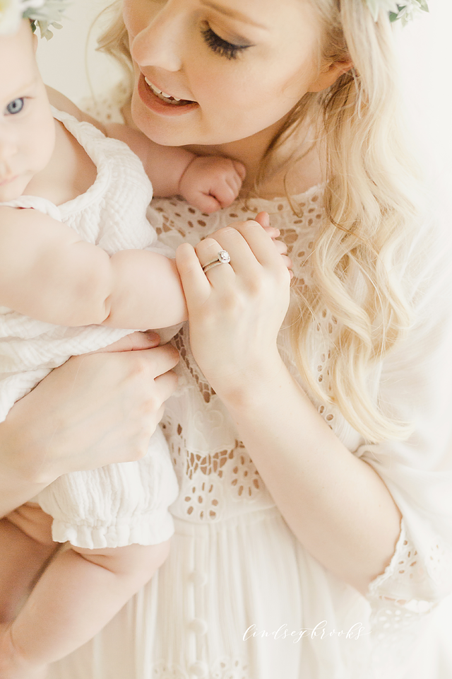 photographers_in_oklahoma_maternity_newborn_baby_motherhood_family.png