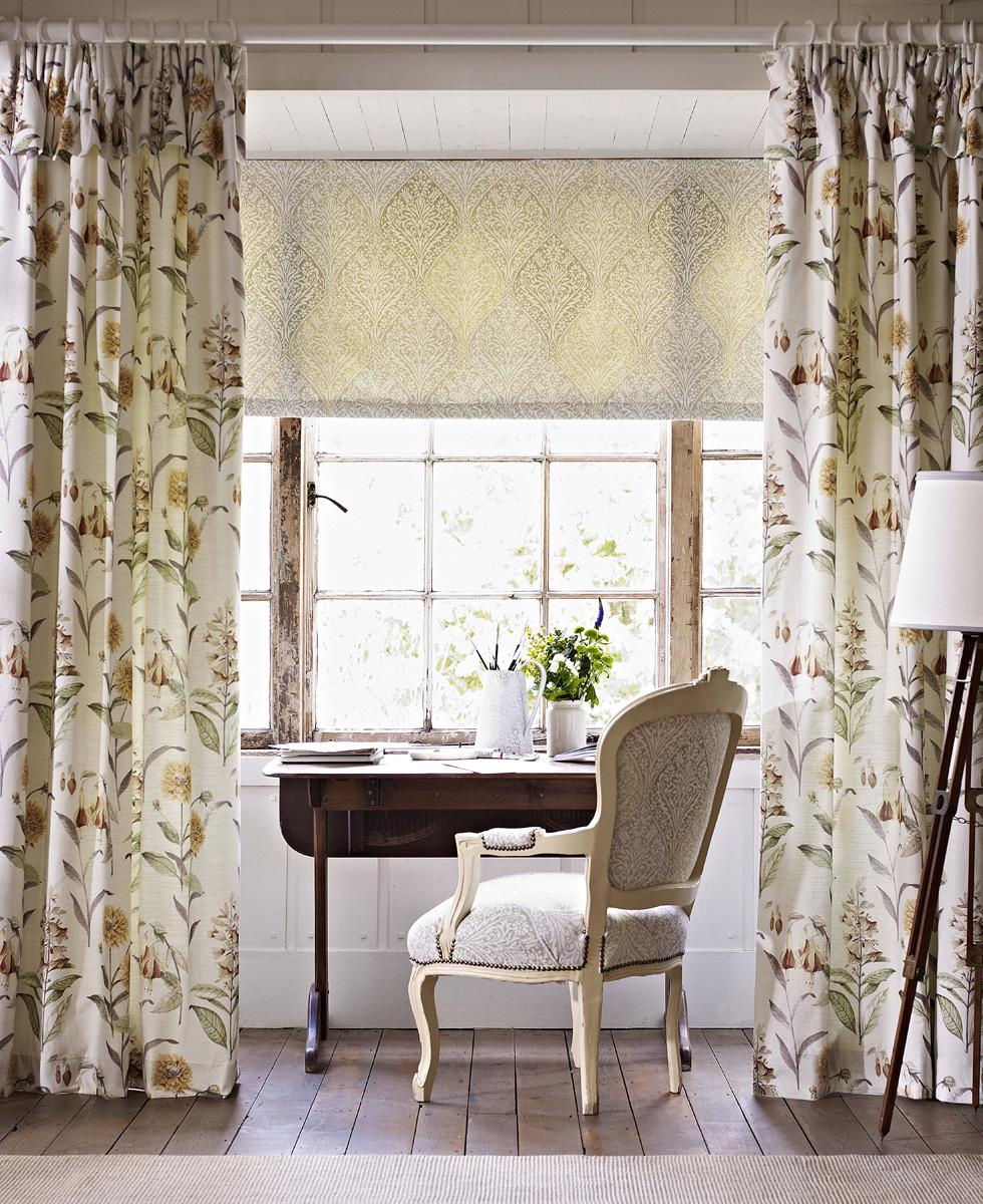 ΡΟΛΕΡ, ΡΟΛΟΚΟΥΡΤΙΝΕΣ ΚΑΙ ΣΤΟΡΙΑ   Δείτε μερικά από τα διαφορετικά στυλ ρόλερ, περσίδων, blinds, και στοριών που προσφέρουμε και εμπνευστείτε για το δικό σας χώρο.