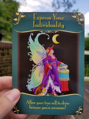 EXPRESS YOUR INDIVIDUALITY: Magical Messages from the Fairies Oracle, Doreen Virtue