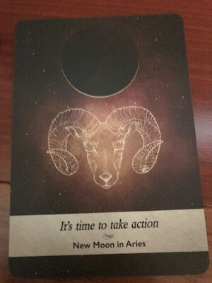 NEW MOON ARIES: Moonology Oracle by Yasmin Boland