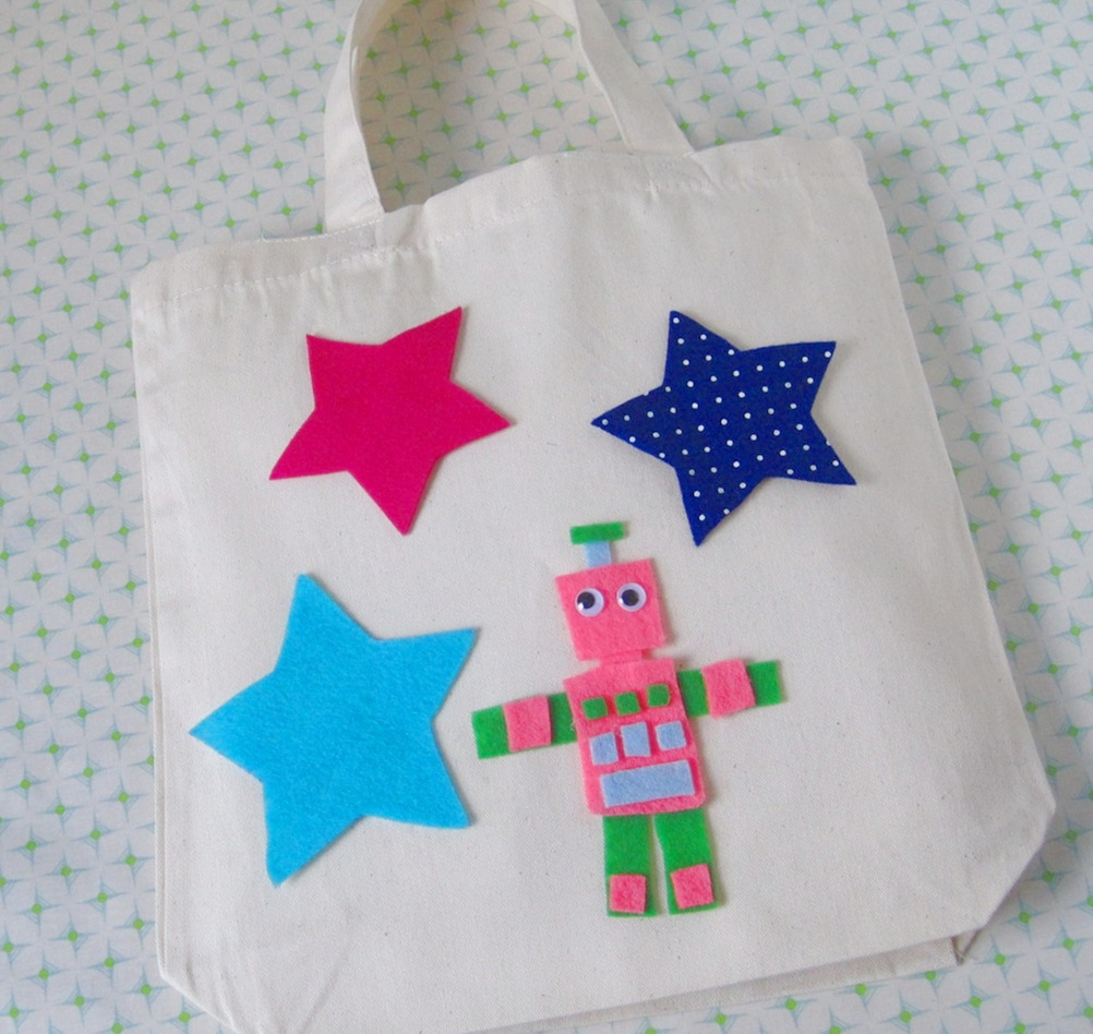 Tote-ally Awesome 1.0 - ages 4 and up -  Kids will design an ivory tote bag using a variety of stencils, fabric markers, and glue-on felt appliques.  We'll provide the tote bag, (not to mention trims, google eyes, sparkles, buttons and pom poms!). You provide the inspiration. We guarantee you'll come out with the most unique tote on your Brooklyn block.