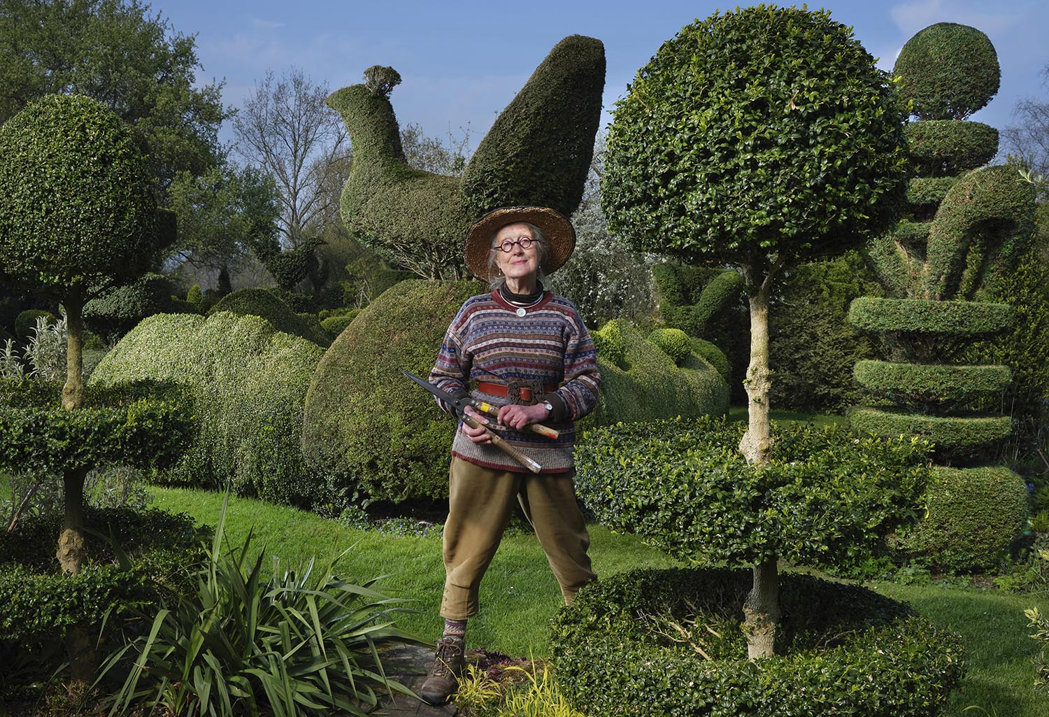 Charlotte Molesworth in her iconic topiary garden, shot with the Fujifilm GFX 50S and 32-64mm lens
