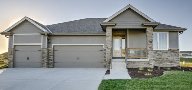sold home    109 st Papillion Nebraska   2 bedrooms up and 2 in the lower level  Shiplap-alder wood-above-fireplace  Attention to detail  Basement with bar and fireplace