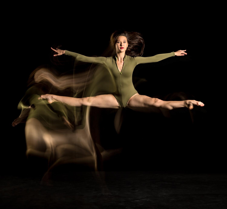 1422 Fiona - Mica - Arne - Brent - Ballet Flanders.jpg