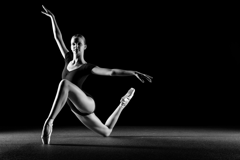 0652 Lisa-Marie Dance Shoot Studio ZW_W.jpg