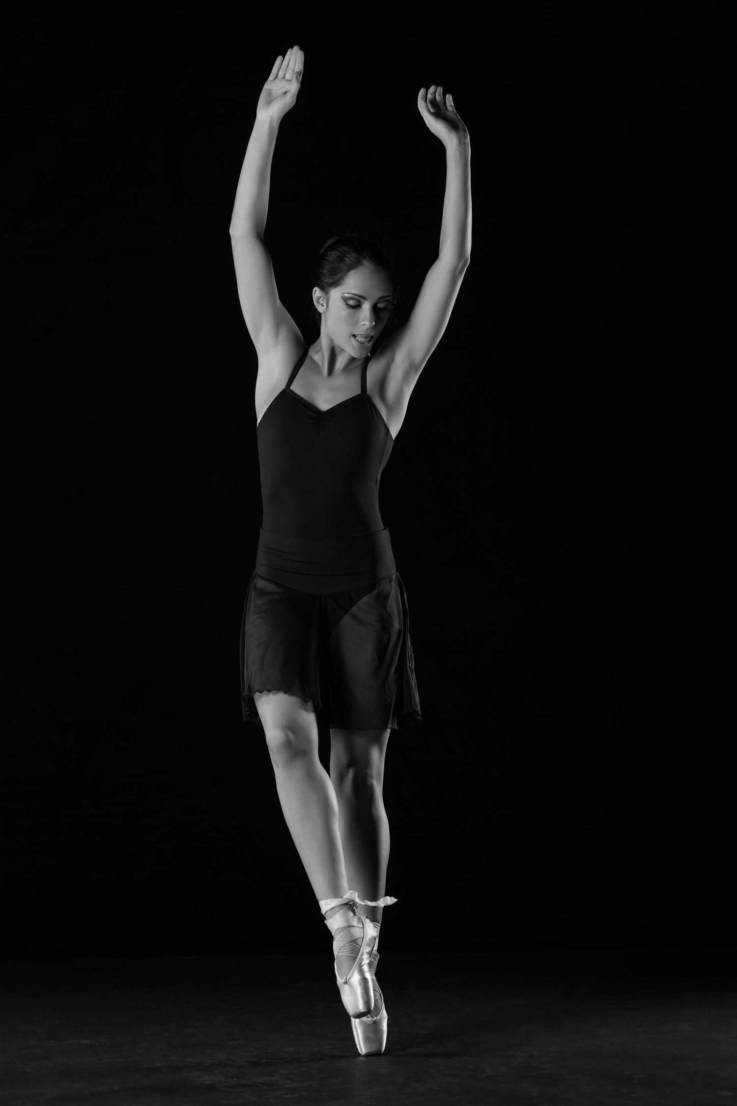 0248 Moving Dancers ZW_W.jpg