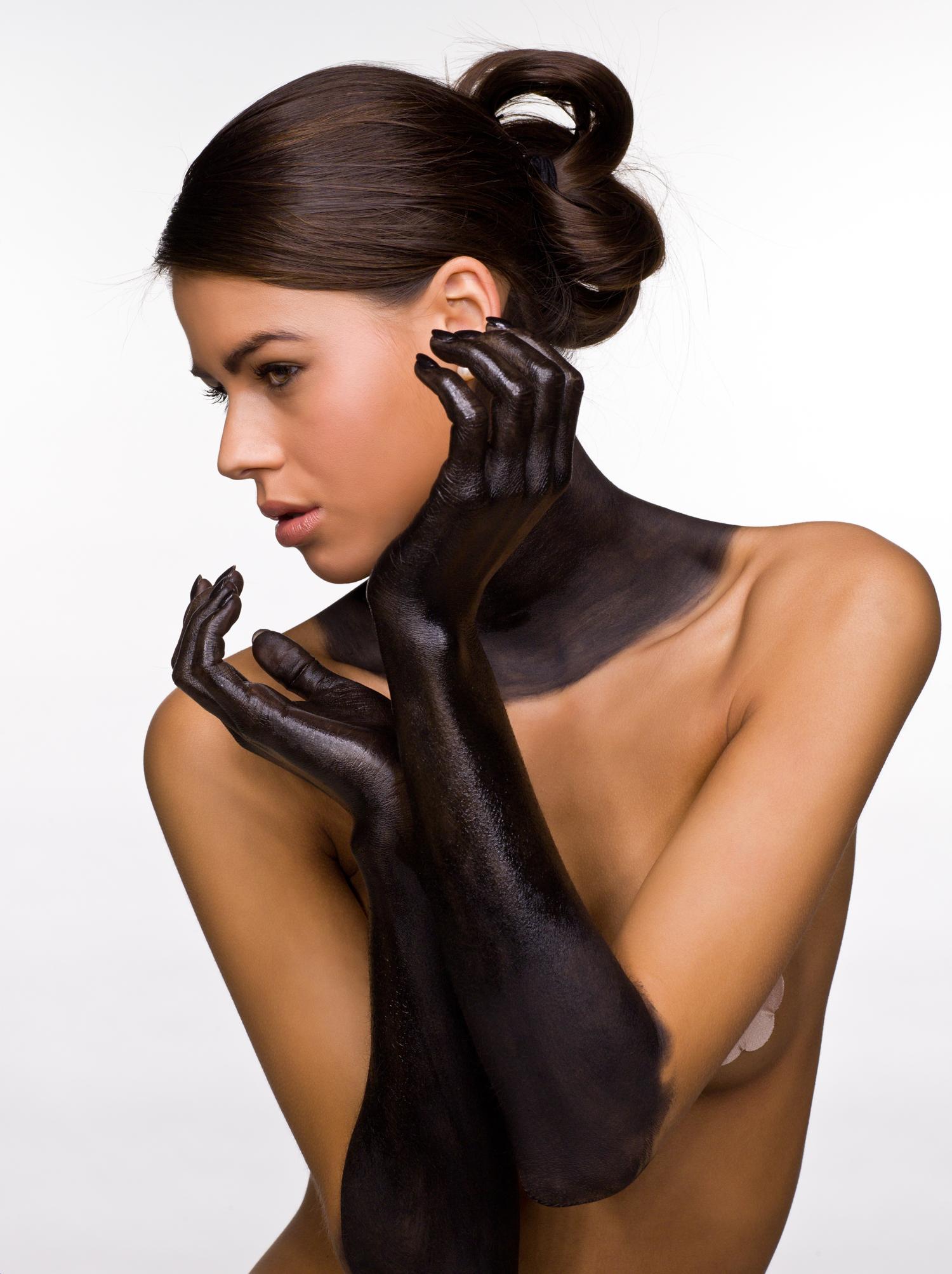0250 Zwarte Handen.jpg