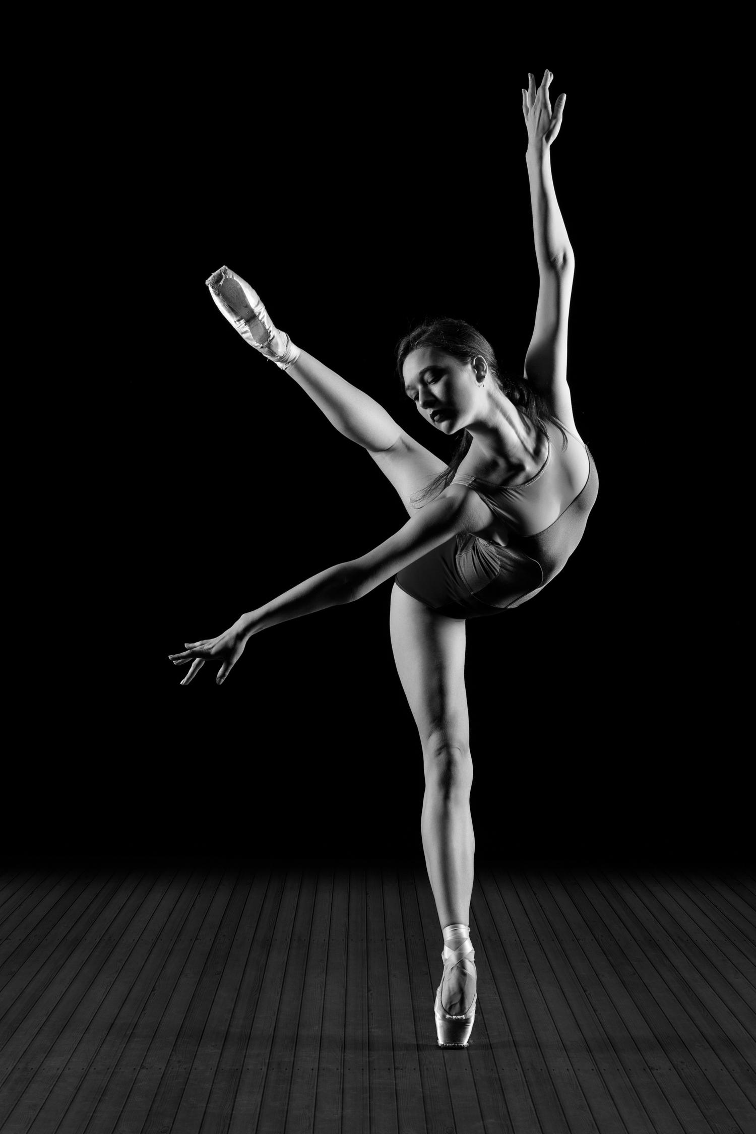 0406 Fiona - Mica - Arne - Brent - Ballet Flanders ZW_W.jpg