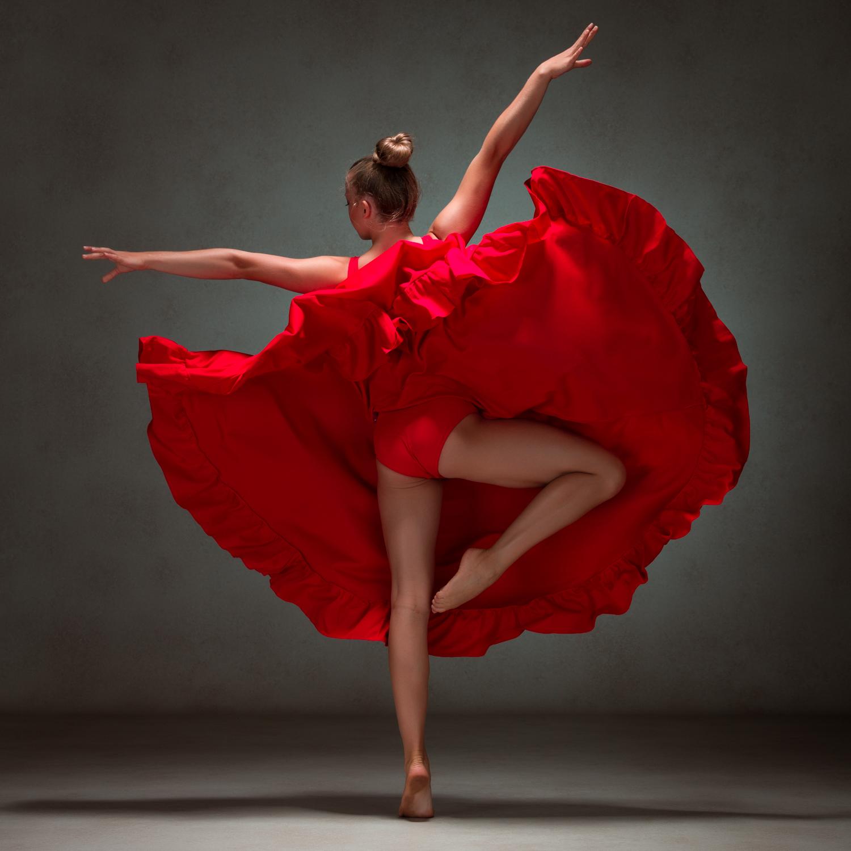 0199 Studio Dance Shoot Lisa-Marie & Xanthe.jpg