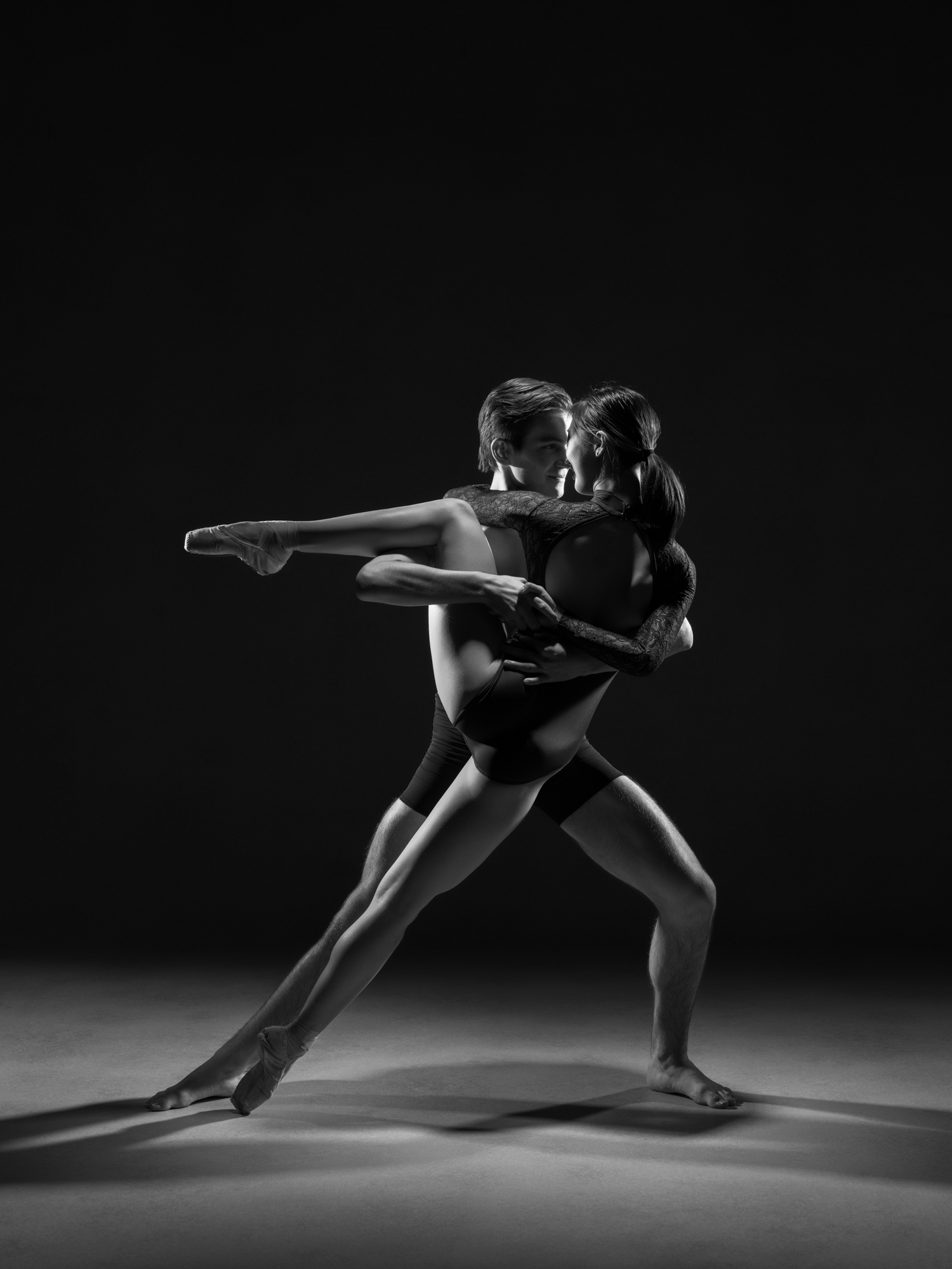 0113 Ruka & Enrico Dance Shoot Studio B_W.jpg