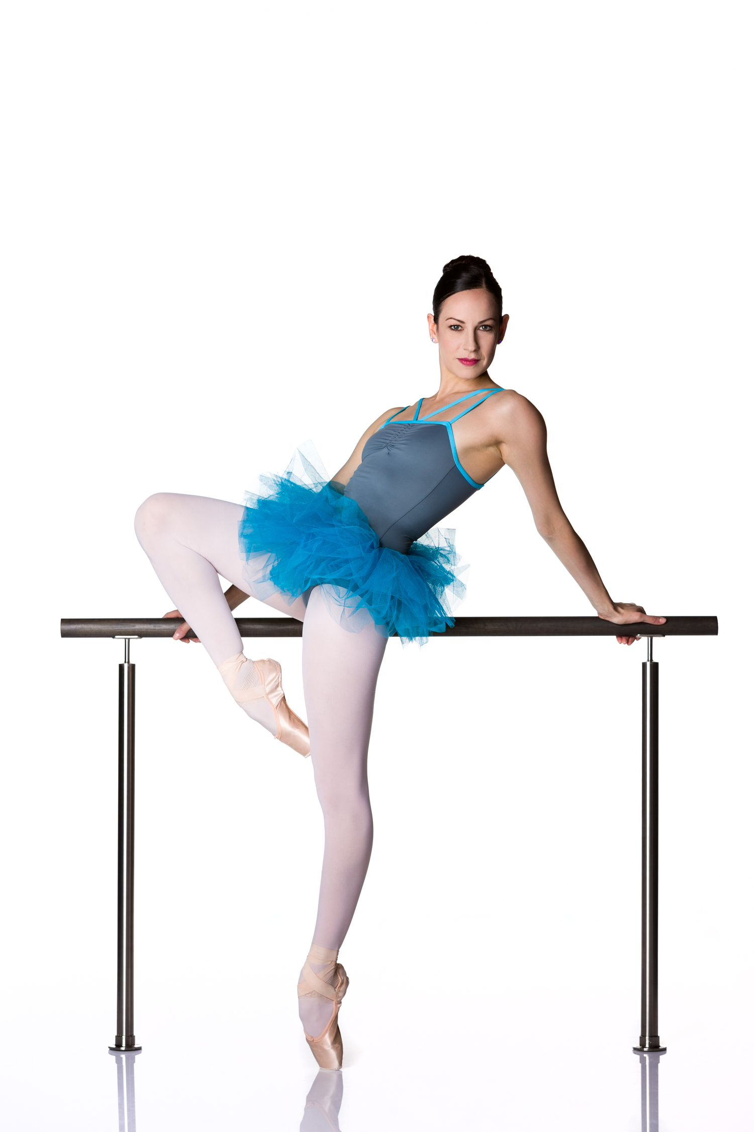 0704 Sofia Menteguiaga Schmidt ~ Dance Concept Store.jpg