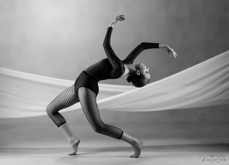 0821 Dance Shoot Kato Thomas B_W.jpg