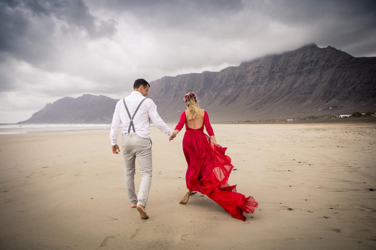 Low back red wedding dress