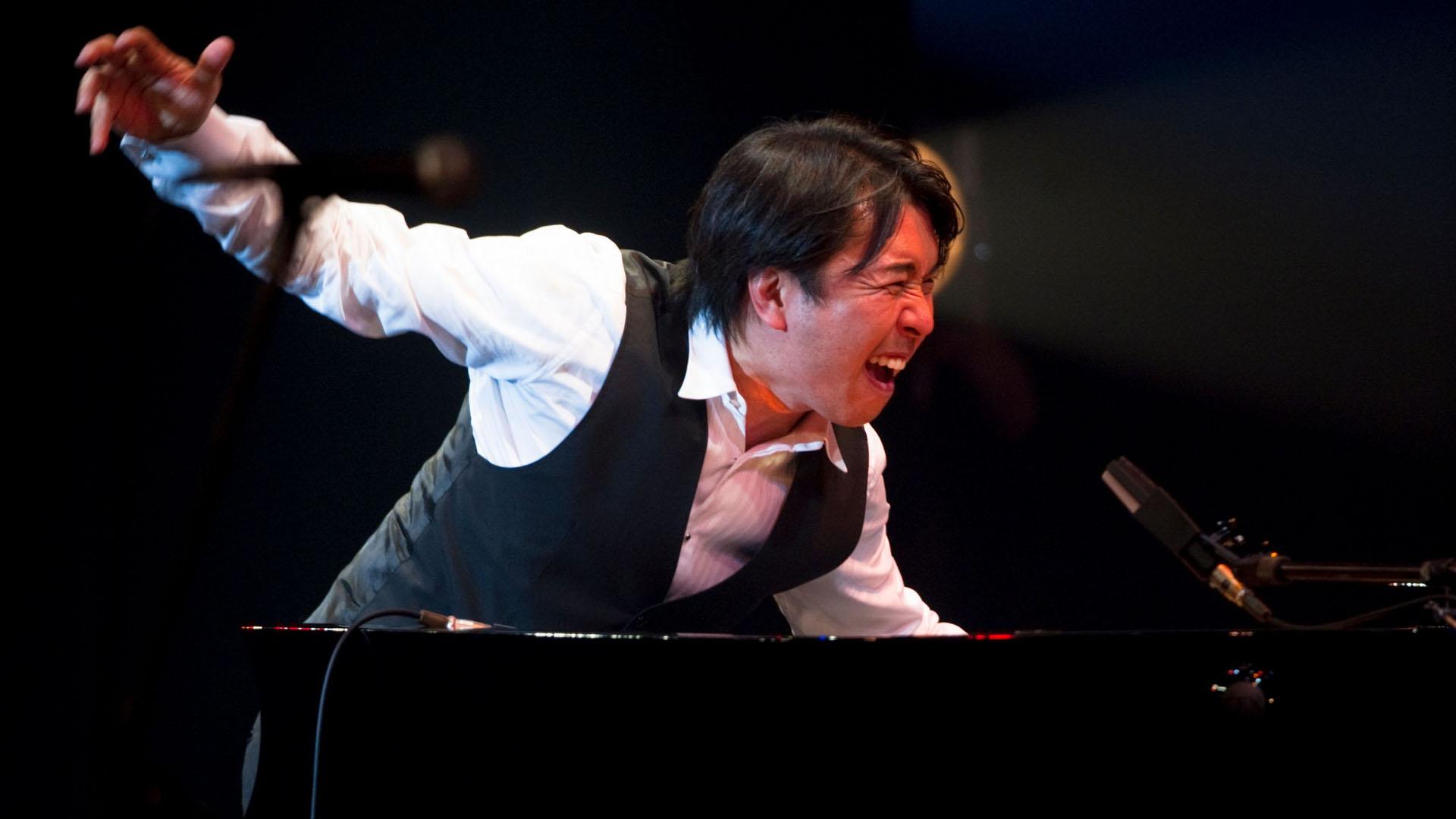 Pianist Makoto Ozone