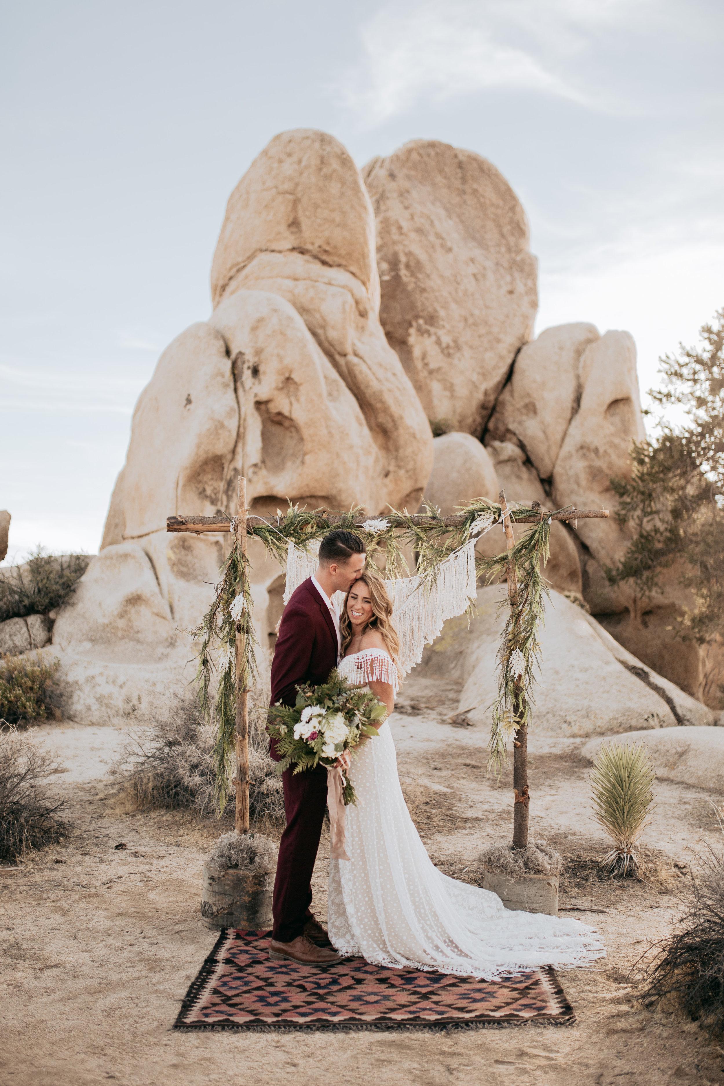 palmsprings_joshuatree_california_wedding_photographer-27.jpg