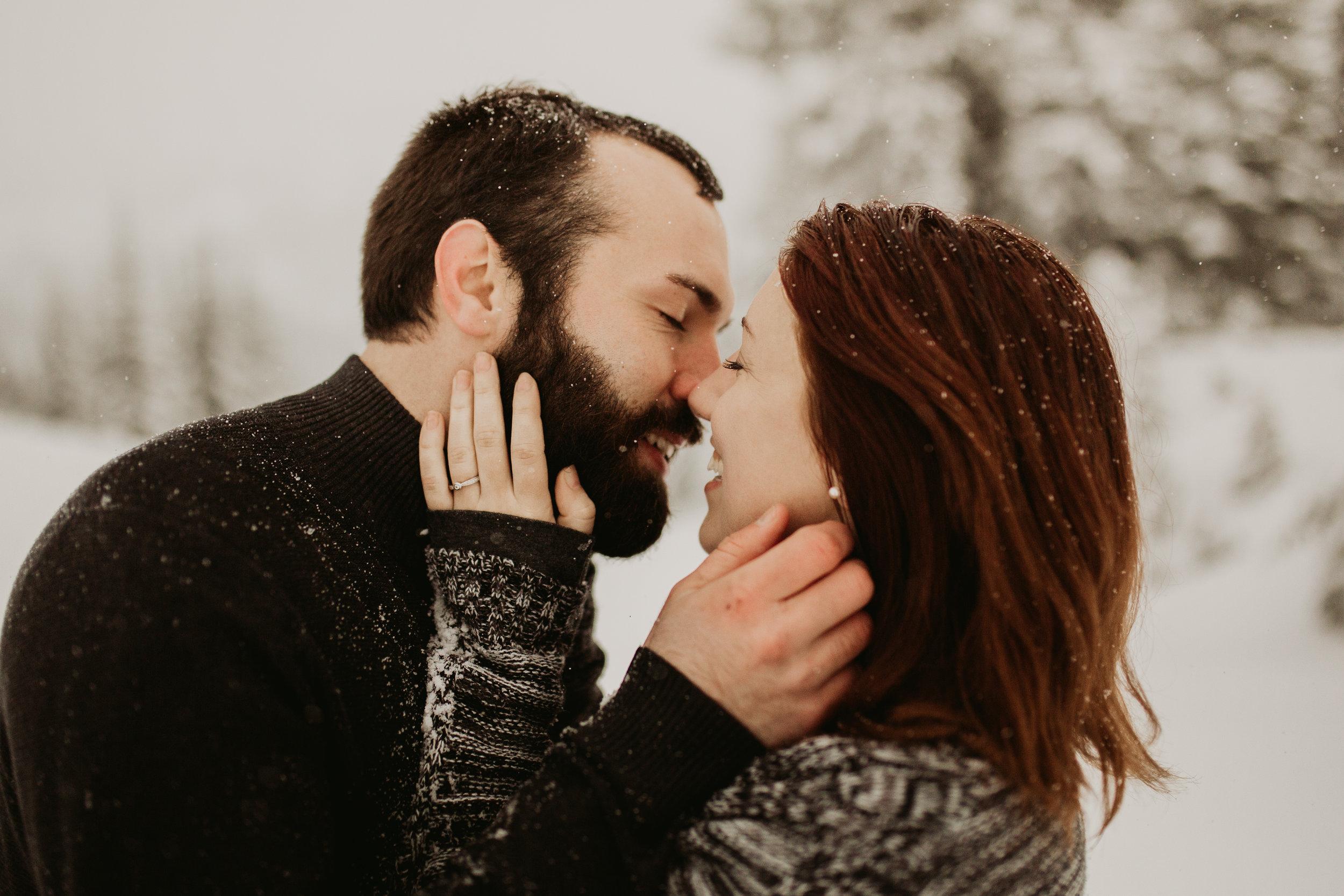 pnw_washington_oregon_elopement_mount_rainer_engagement_wedding_photographer32.jpg