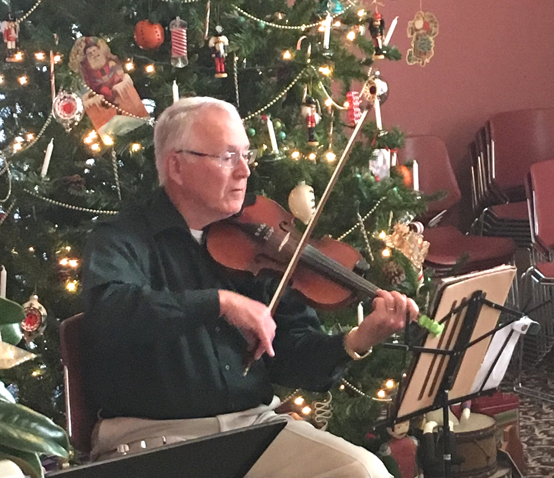 12.2.2017 Marvin playing fiddle closeup Two Rivers.jpg