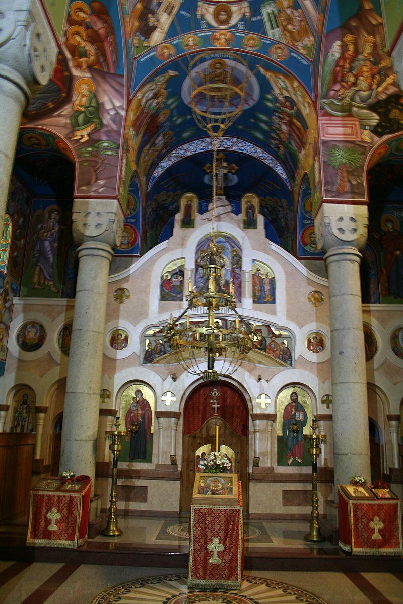 Crkva_Vaznesenja_Gospodnjeg_(nova),_Krupanj_010.jpg