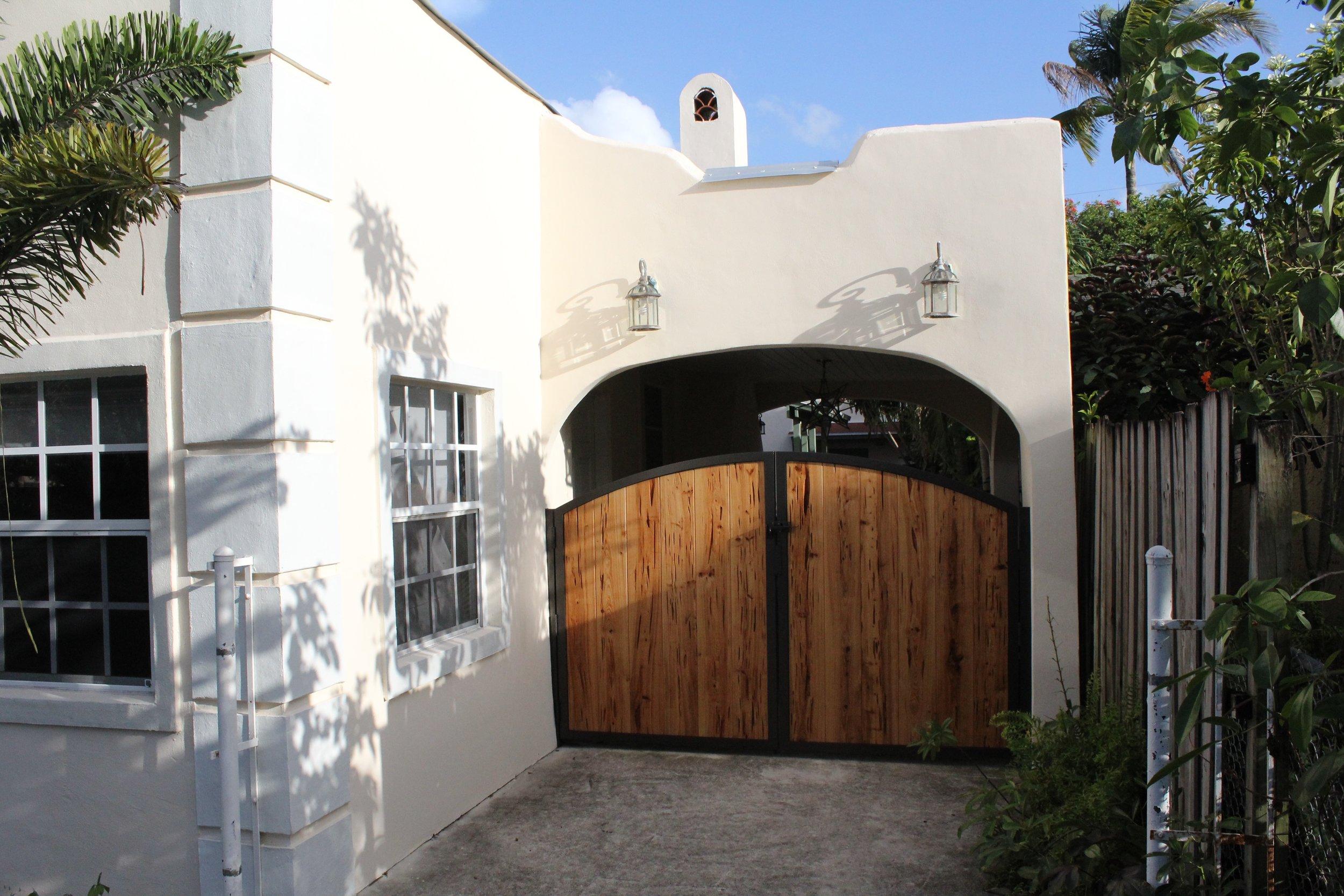 ALUMINUM & PECKY GATES / HISTORIC WEST PALM / FALL 2015 -