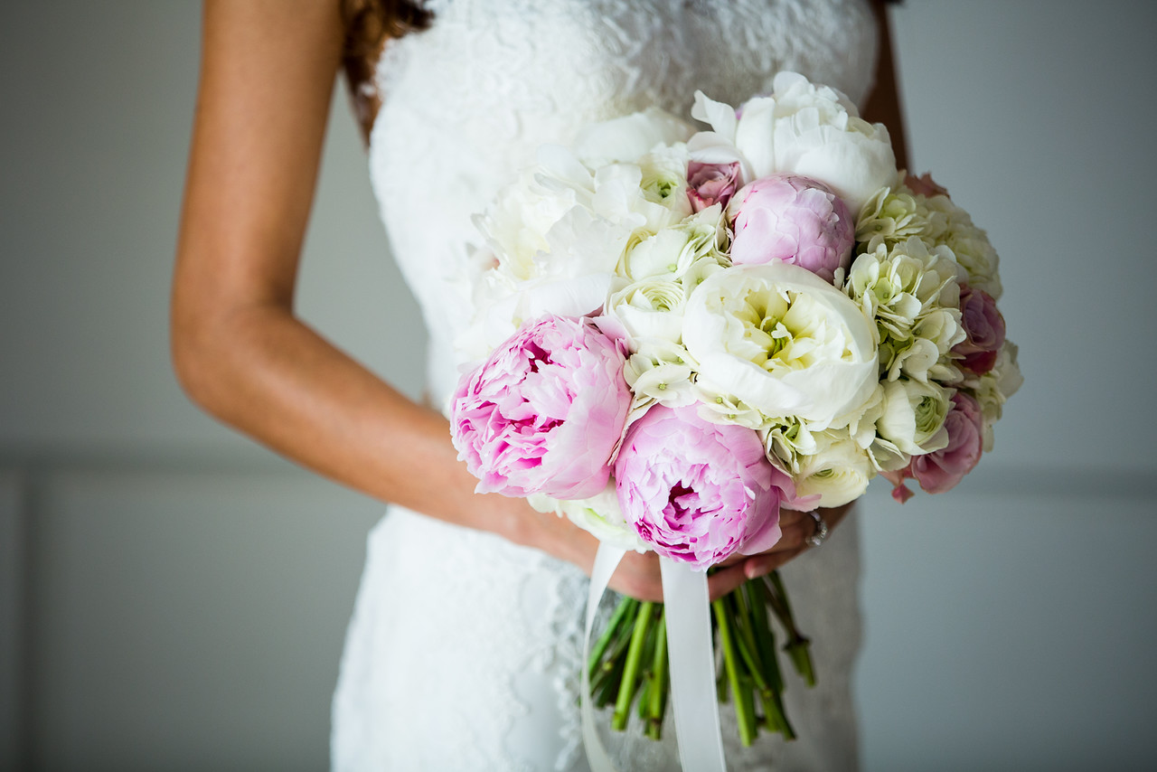 Peony wedding bouquet, bride, ready for wedding