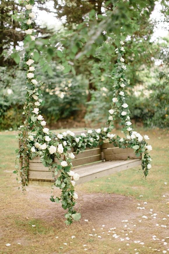 Rusting Wedding Swing - Image: Brides.
