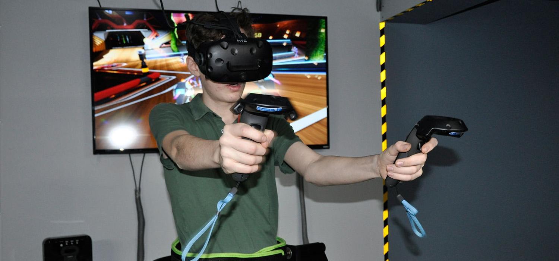 VR Treadmill Birthday Party Kids Event