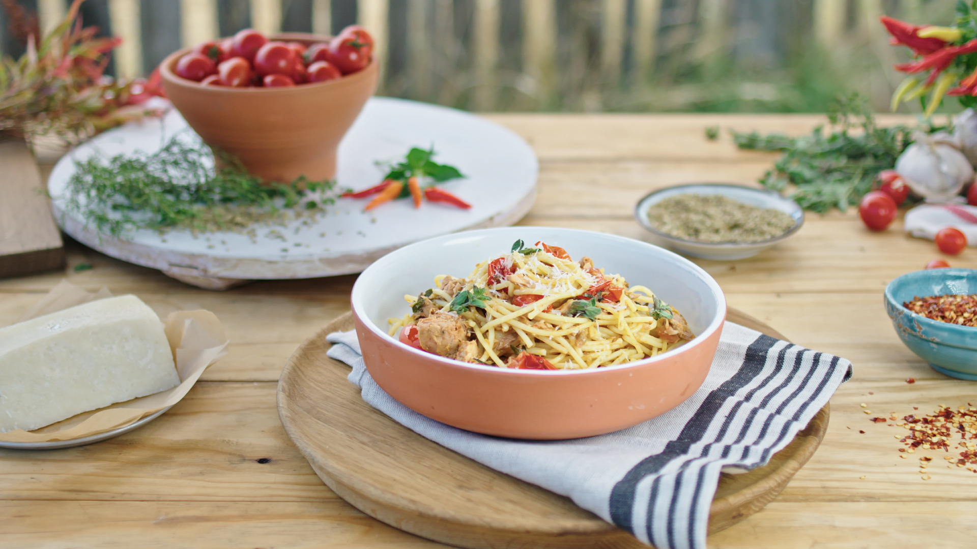Spaghetti Tuna Puttanesca