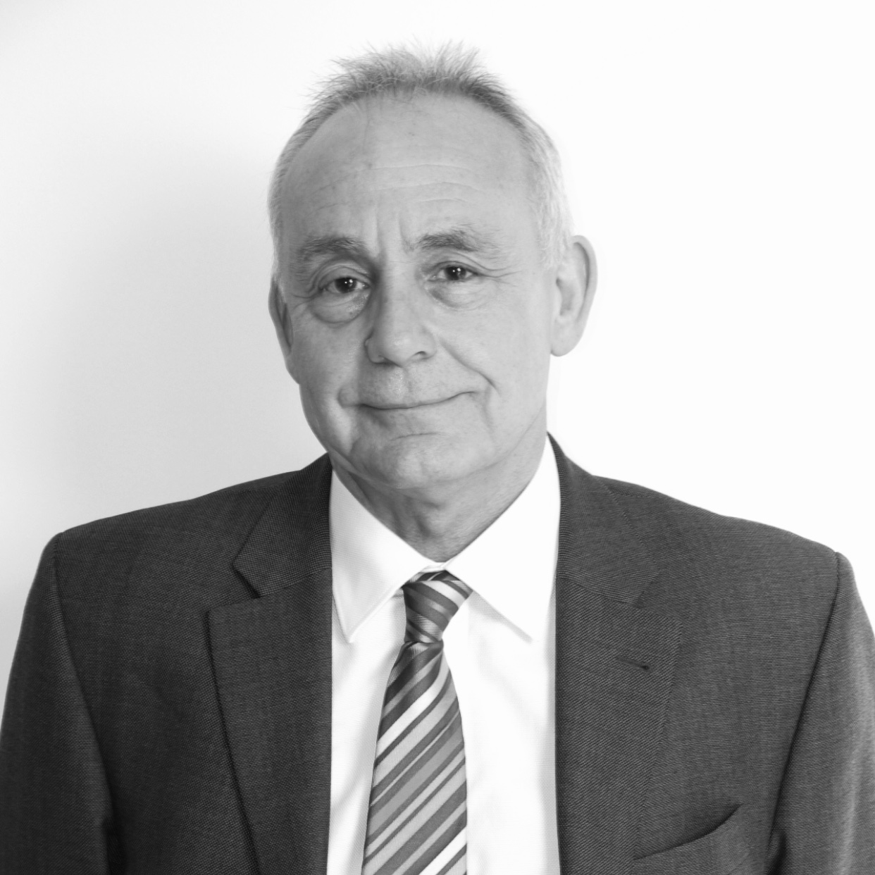 Clive   An extremely knowledgeable lead intervention adviser within Children's Services. Clive has extensive knowledge of approaches to transformation making sustainable improvements within councils.