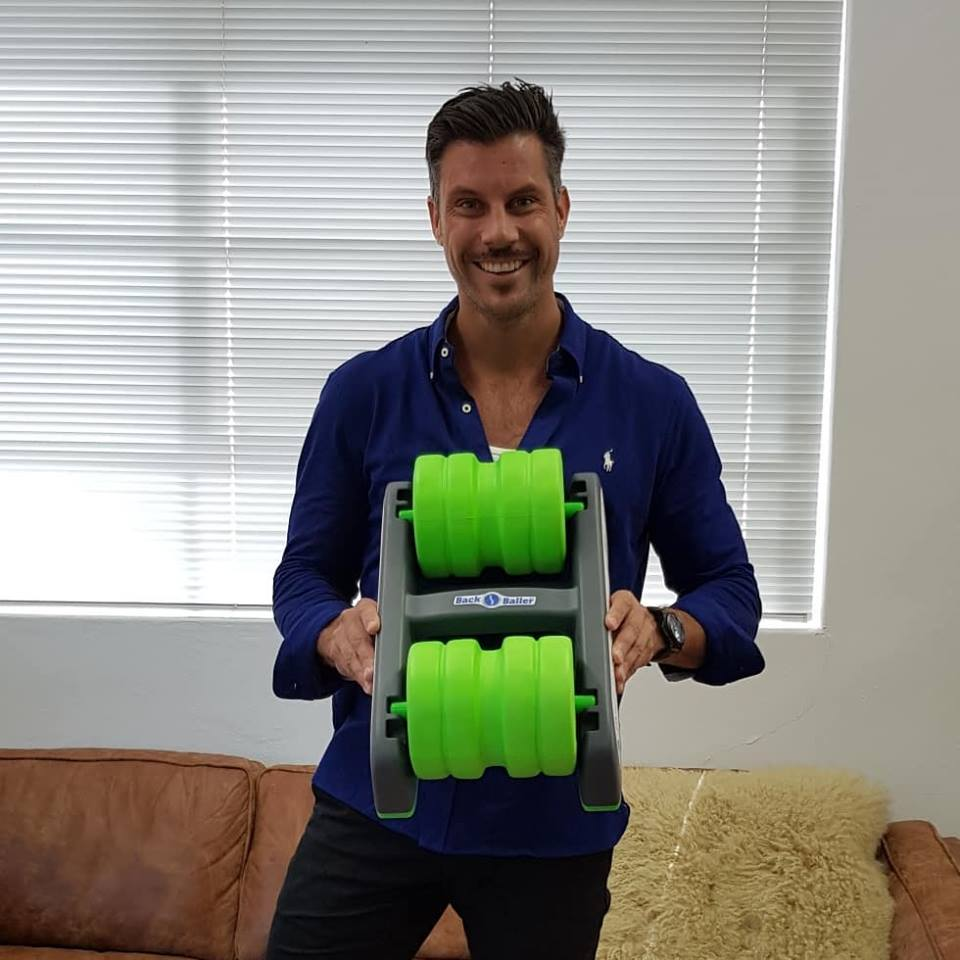 - The ease of use and effectiveness of the BackBaller has been clear to see for all. It is now in use by remedial massage therapists, myotherapists, chiropractors, physiotherapists, exercise physiologists and osteopaths. The BackBaller is allowing their clients and athletes to stay free from injury as they strive to attain their full potential.Get on the BackBaller, break down the tight trigger points, relax tight muscles, get the blood circulating, recover from over-used, mis-used and sport related injuries. Retain full range of motion, feel better, move better and be at your best.