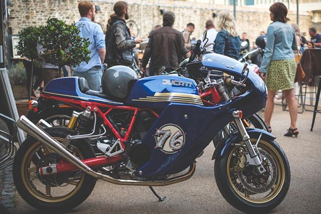 Some highlights from @spitfirespeedshop Event @spokeandstringer last week. This Ducati from Sean Good is a serious piece of Magic - also for Sale #rideculture pic by @joncraig_photos #ducati #custom #sports #caferacer #motorcycle #lifestyle #bristol