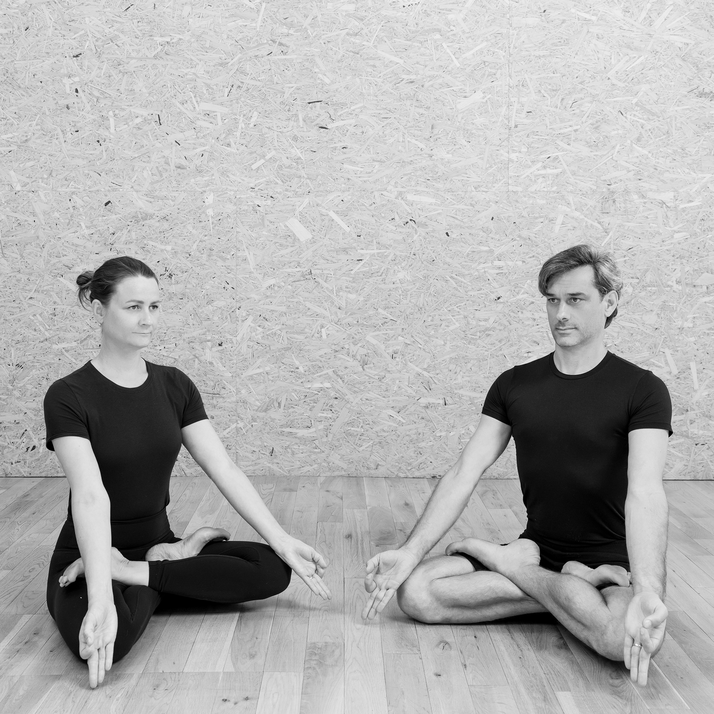 Charlie Taylor-Rugman Alice Taylor-Rugman Private one-to-one pranayama yoga breathing classes in London padmasana Lotus pose