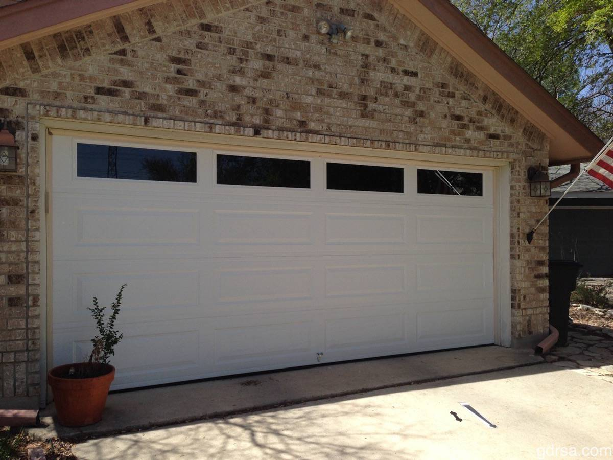 16x7, Amarr Stratford, Long Panel, White Color, Clear Windows