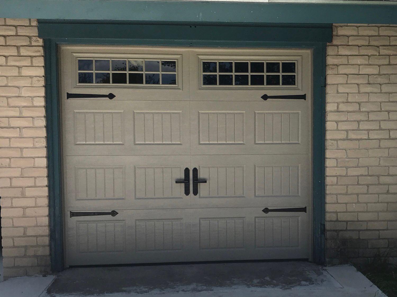 8x7, Amarr Oak Summit, Short Bead Board, Sandtone Color, Stockton Windows, Maple Creek Magnetic Decorative Hardware