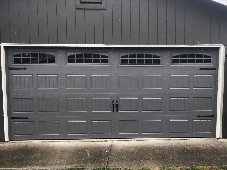 16x7, Amarr Hillcrest, Short Bead Board, Charcoal Grey Color, Cascade Windows, Castle Rock Decorative Magnetic Hardware