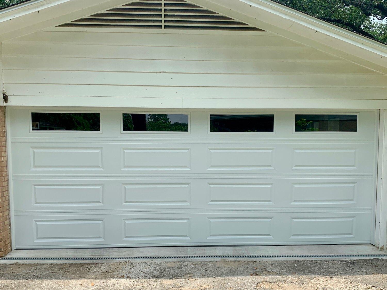 18x7, CHI 4250, White Color, Long Panel, Long Panel Windows, White Vinyl Trim