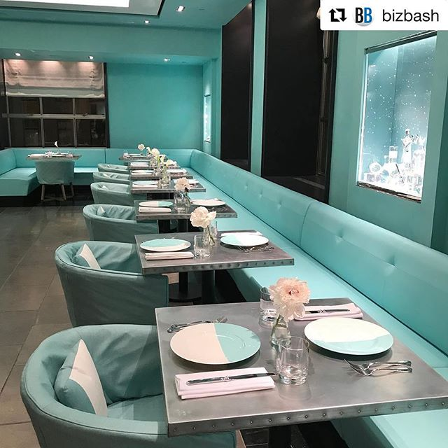 #Tiffany blue or #KRo blue? ❄️💎💙 #Repost @bizbash ・・・ Tiffany & Co.'s first-ever eatery, Blue Box Cafe, opens to the public on Friday. Naturally, it's awash in the jeweler's signature shade of blue. #TiffanyEveryday #venues 📷by @jshi809