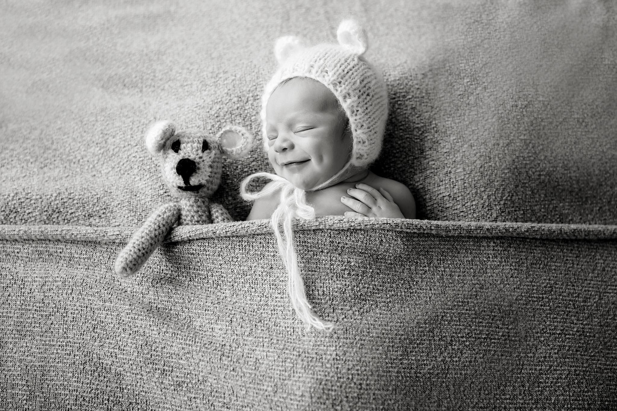 Toronto Newborn Photographer 9.jpg