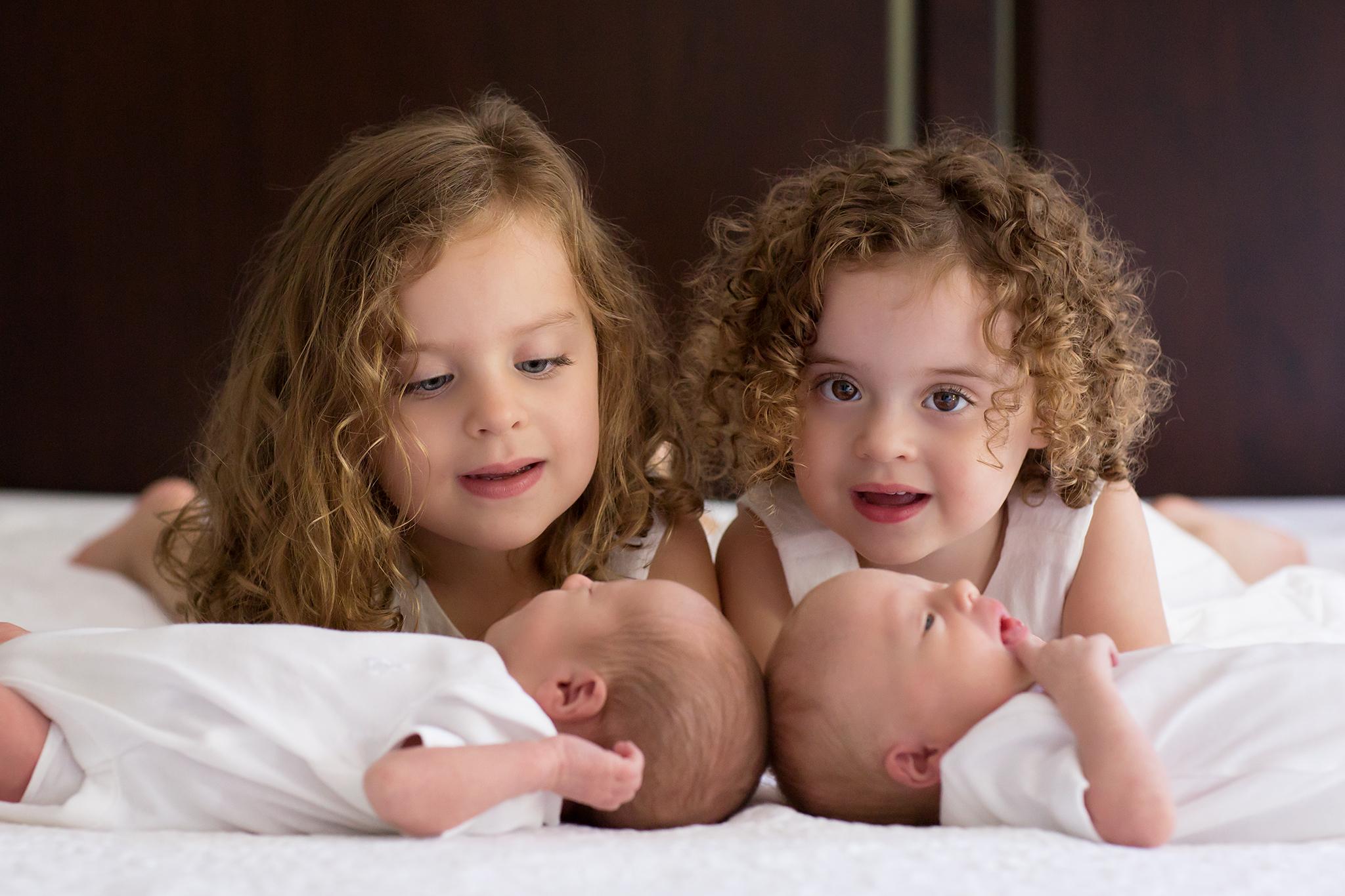 Toronto Newborn Photographer 21.jpg