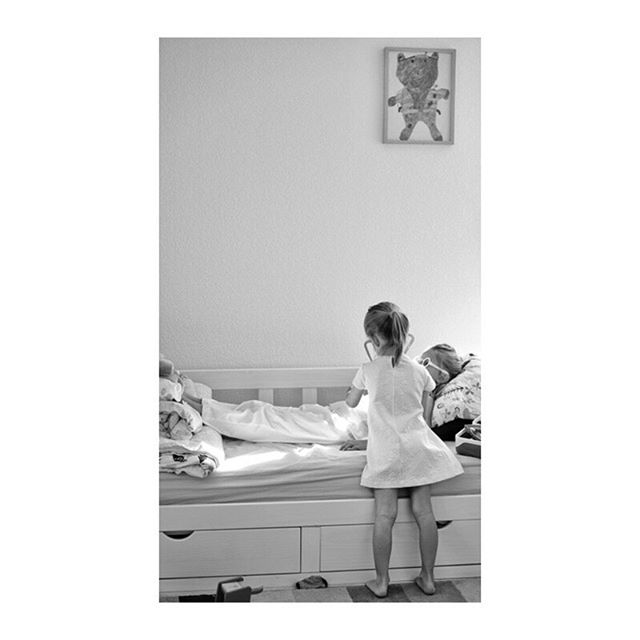 Docteur Maboul, juillet 19. #photography #photographer #life #childhood #holidays #cousinade #light #story #imagination #happiness 🐣
